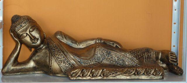 Buddha-thai-fekvo-antik-arany