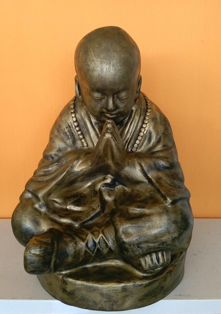 Buddha-kinai-meditalo-szerzetes-antik-arany