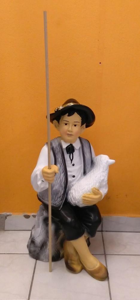 Pásztor- 72cm-fiú-ülő-báránnyal