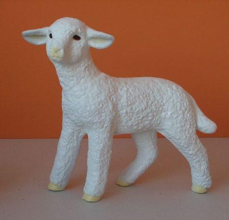 Bárány-álló-45 cm/oldalra néző