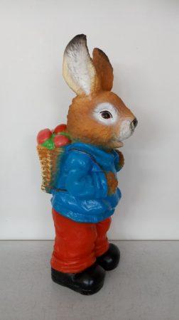 Nyúl-48 cm-húsvéti tojásokkal/kék kabátos