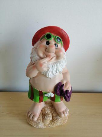 Kerti törpe-26cm-fürdőnadrágos-piros sapkás