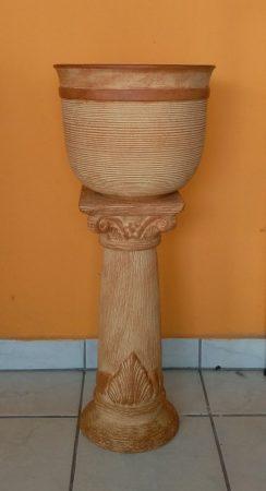 Kerámia-Oszlop-római-giga kaspóval/terrakotta