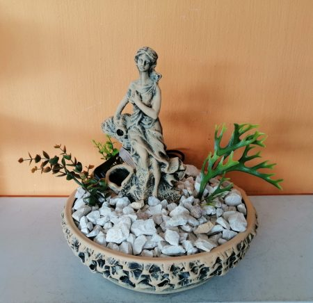 Kerámia-Csobogó-Rusztikus tál-30/női alak-antik